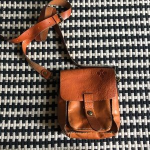 patricia nash tan lari leather crossbody bag